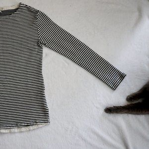 Black White Striped Long-Sleeve